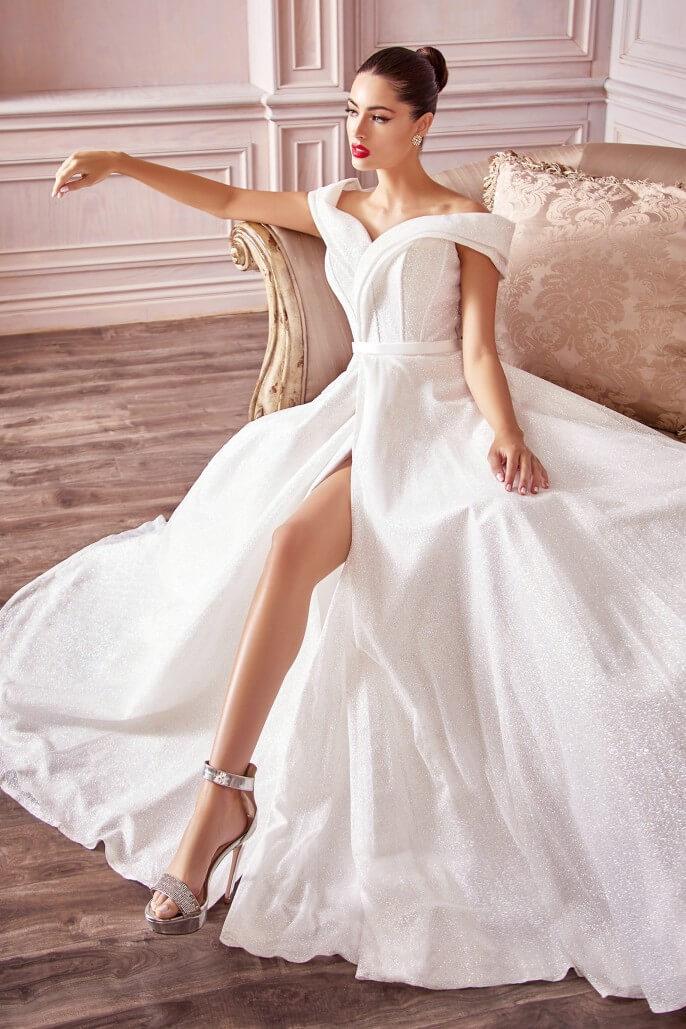¿Quién dijo que conseguir tu vestido de novias en Caracas, Venezuela era difícil? Tenemos la mayor selección de vestimenta de bodas, novias, fiesta, gala y cualquier tipo de celebración, al mejor precio