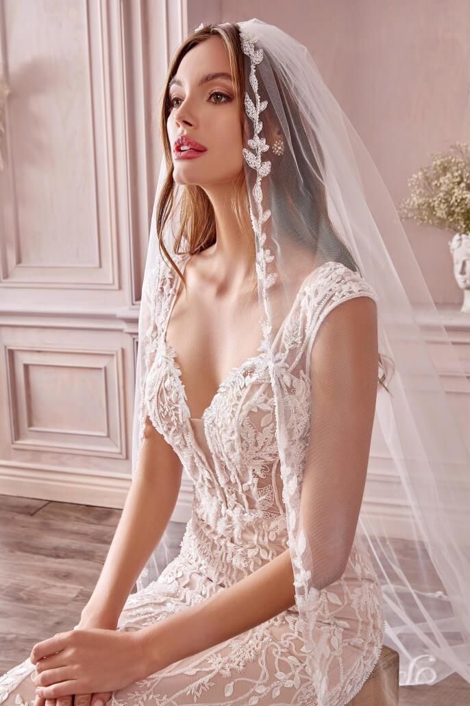 Compra online el vestido de novia Anne, en Bridal Room Boutique hacemos envíos internacionales. Compra tu vestimenta de bodas al mejor precio de Venezuela