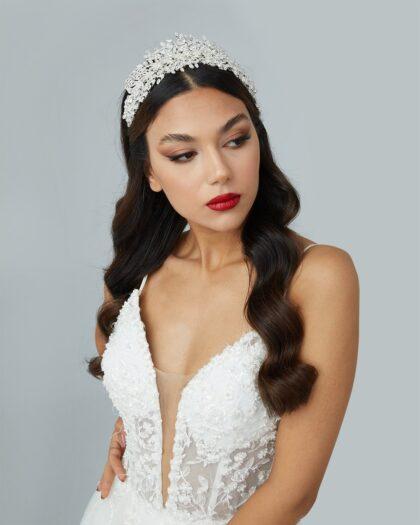 Muchas novias en Venezuela llegan a nuestras boutique buscando su vestido de novias y terminan vestidas de pie a cabeza como unas princesas. En Bridal Room Boutique tenemos todo en accesorios para novias y bodas en Margarita y Caracas