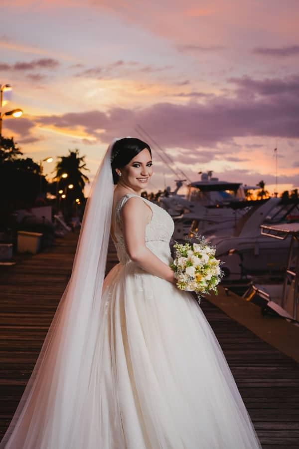 Gabriel Primavera - Bridal Room Boutique trabaja apasionadamente para hacer que tu boda sea ideal, ofreciéndote los diseños de vestidos de novia más hermosos de Venezuela