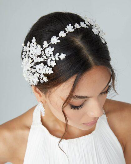 Los tocados de novias tipo gemelos son uno de los accesorios de moda nupcial que está en tendencia, por su versatilidad, estilo y comodidad que toda novia busca para su boda