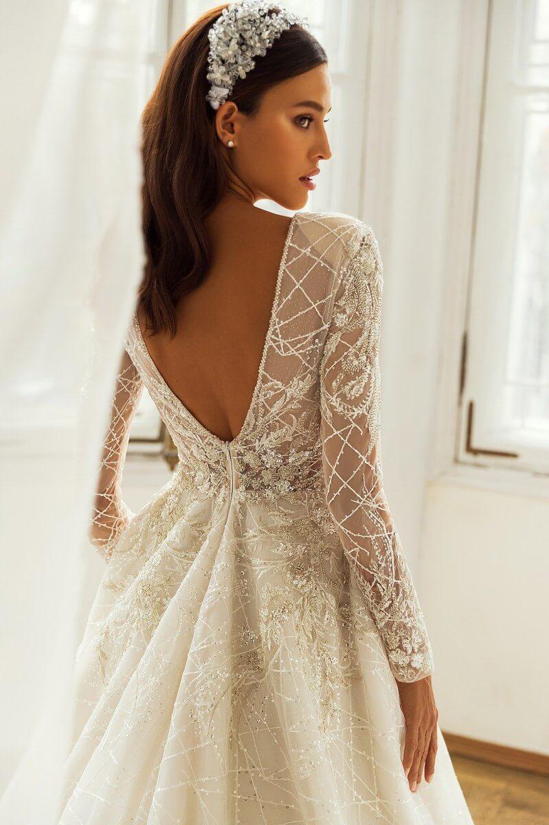 Los más bonitos vestidos de novia en Venezuela los tiene Bridal Room Boutique - Reserva una cita en nuestra página web o entra en nuestro shop online para ver todos nuestros productos