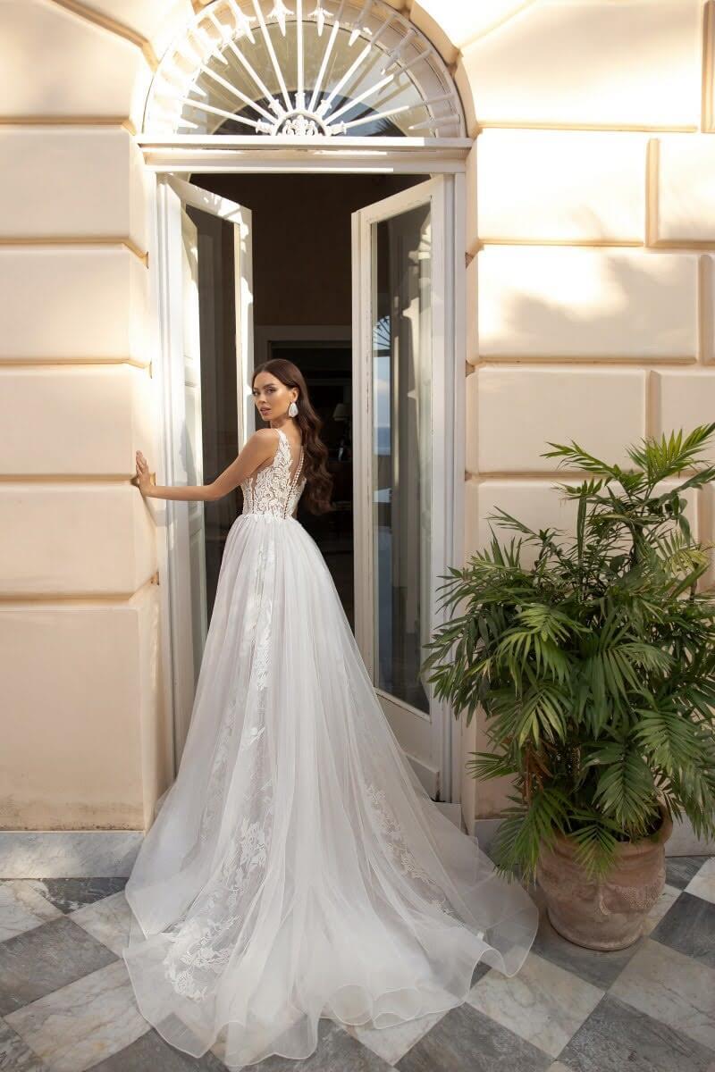Vestido de novia: Tiziana - Diseñadores de moda en Venezuela - Arma tu look y vestimenta nupcial, tenemos todo para tu boda: vestidos, tocados, velos, zapatos y mucho más