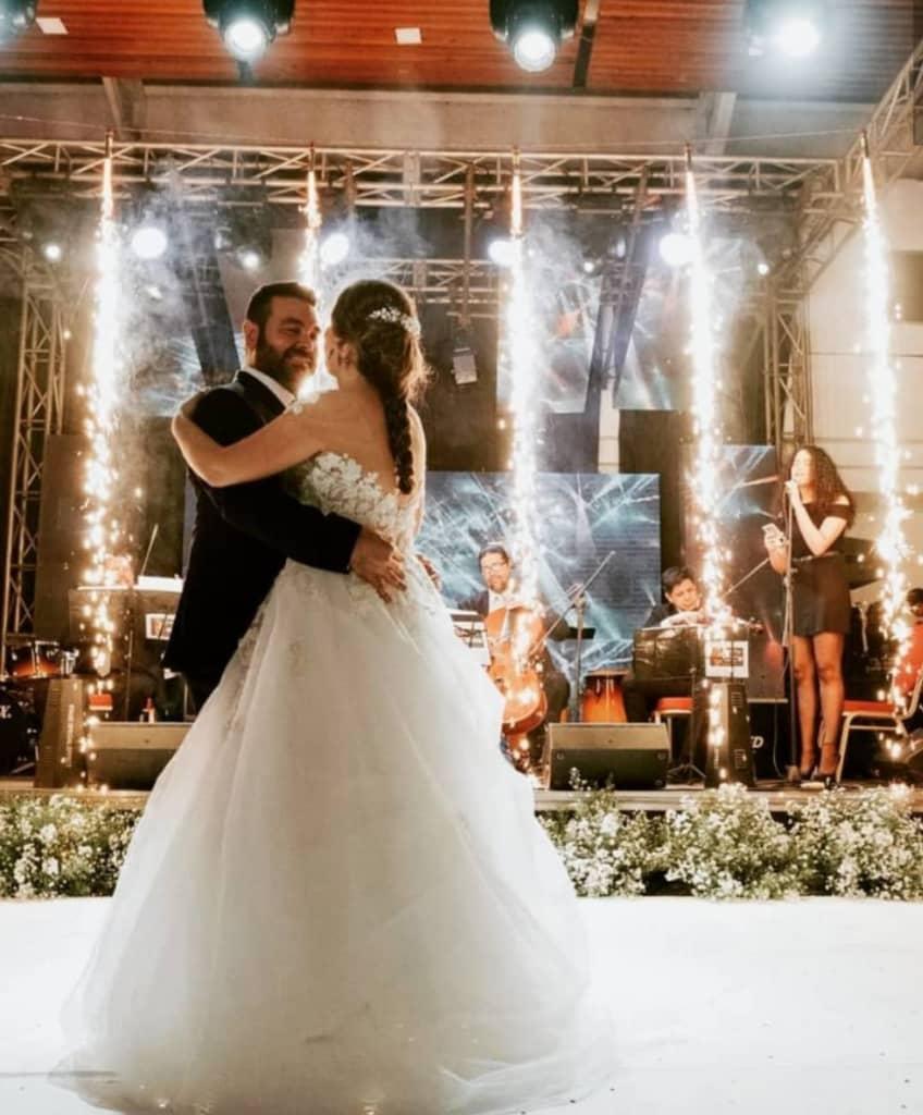 ¿Vestidos de novias en Caracas? ¡En toda Venezuela! Te tenemos las colecciones de velos, tocados y zapatos para hacer de tu boda el mejor día de tu vida