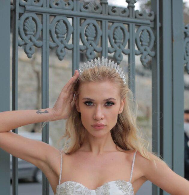 Tocado de novia: Jane Crown