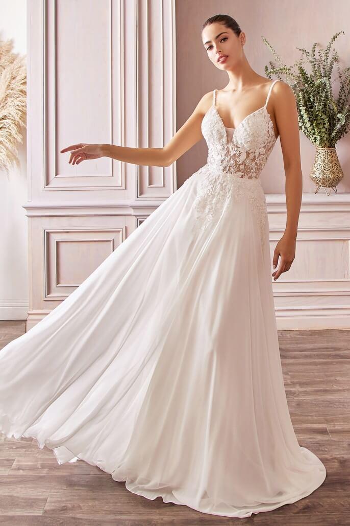 Con un evento así se debe saber decidir bien, tú decidiste por una boda feliz, una boda vestida con BRIDAL ROOM BOUTIQUE - Mejores precios vestidos novias Caracas, Venezuela