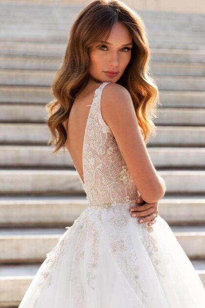 Vestido de novia Esmeralda de los diseñadores de moda nupcial Lucesposa - Consigue los mejores vestidos de novias en Margarita y Caracas Venezuela con bridalroomboutique