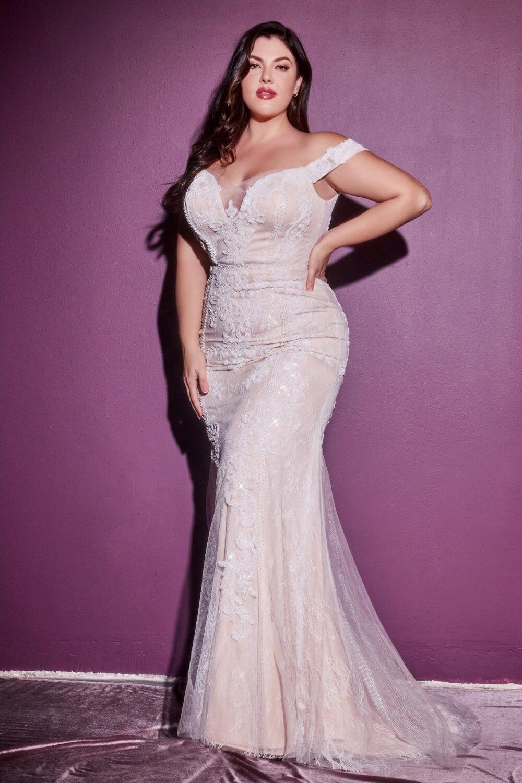 Vestidos de novia plus size - Tallas grandes. En Bridal Room Boutique tenemos los mejores modelos, diseños y precios para vestidos de novias para gorditas
