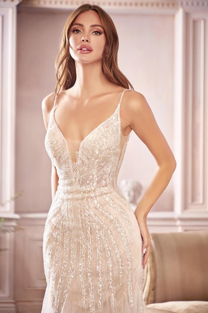 En BRIDAL ROOM BOUTIQUE somos distribuidores oficiales de algunos de los diseñadores de vestidos de novias más influyentes de Europa. Podrás encontrar el modelo de vestido de novia Lara en nuestros showrooms de Margarita y Caracas, Venezuela