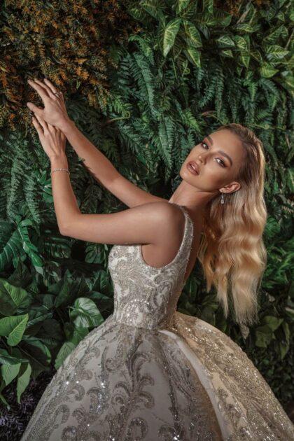 Luce como toda una princesa con este marvilloso vestido de novia de los diseñadores europeos de Nova Bella - Visítanos en nuestras boutiques para novias en la Isla de Margarita, Venezuela