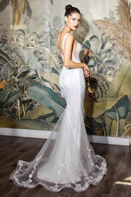 """Vestido de novia Anne de nuestra colección """"Basic"""" adaptados para tener tu vestimenta de bodas a un precio súper económico, reserva tu cita de vestido de novia en Venezuela con Bridal Room Boutique"""