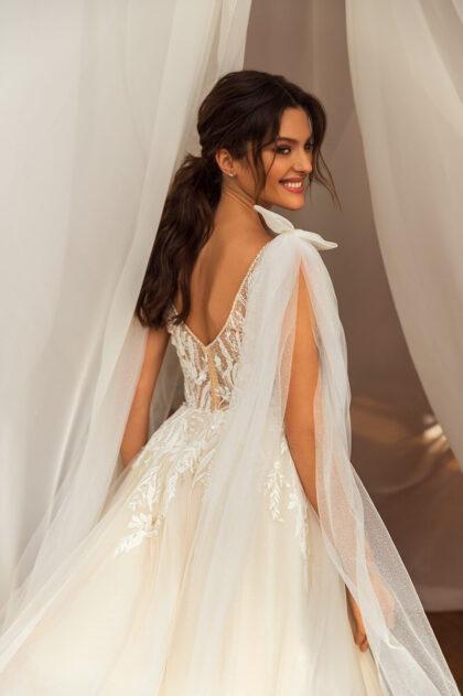 Vestido de novia: Mila - Lucesposa - BridaRoomBoutique official reseller of the best quality Wedding Dresses in Caracas, Venezuela - Distribuidoras oficiales de la mejor calidad de vestidos para bodas