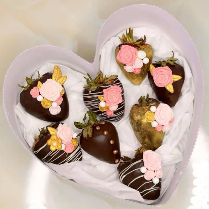 Bombones de fresas cubiertos de chocolate para bodas en Margarita, Venezuela: Ralle Cakes