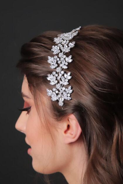 Cintillo de bodas digno de una diosa de la mitología griega - Luce los mejores accesorios de novias en tu boda en Venezuela - Bridal Room Boutique: tu tienda de novias