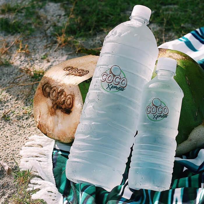 Estación de cocos fríos para bodas en Margarita, Venezuela · Coco Xpress: deliciosa agua de coco embotellada