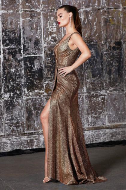 ¿Eres invitada a una boda en Venezuela? Luce espléndida y elegante con un vestido de gala de Evening Dress Boutique