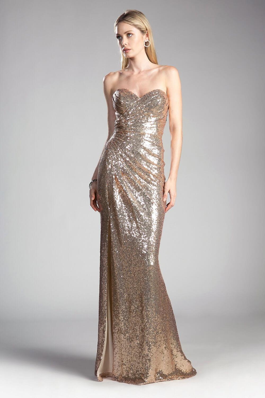 Destaca entre todos en los eventos, reuniones formales y fiestas con este vestido de gala. Consígue en nuestras boutiques de la Isla de Margarita, Venezuela