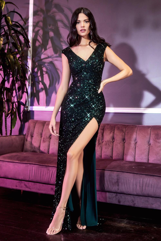Evening Dress Boutique hace posible tu look ideal, sea elegante, romántico, sexy, clásico o minimalista. Tenemos la más grande variedad de modelos