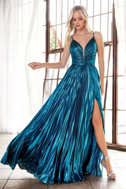 Todas las miradas estarán sobre ti mientras desfilas con este precioso vestido de fiesta en Venezuela - Este color está disponible bajo pedido