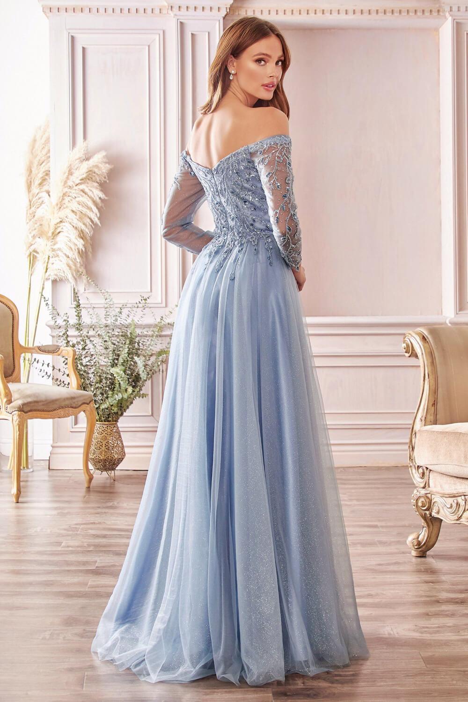 El color de este vestido de fiesta en Venezuela está disponible solo bajo pedido - En Evening Dress Boutique hacemos envíos internacionales
