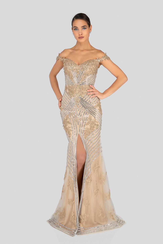 En Evening Dress Boutique somos verdaderas apasionadas por la moda femenina, nuestra colección de vestidos de gala en Venezuela se adapta a todos los estilos y presupuestos