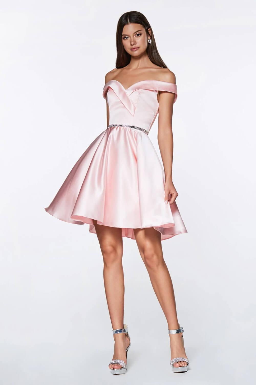 Cuando se trata de un evento importante, Evening Dress Boutique está para ofrecerte los mejores vestidos de fiesta, de la máxima calidad, al mejor precio