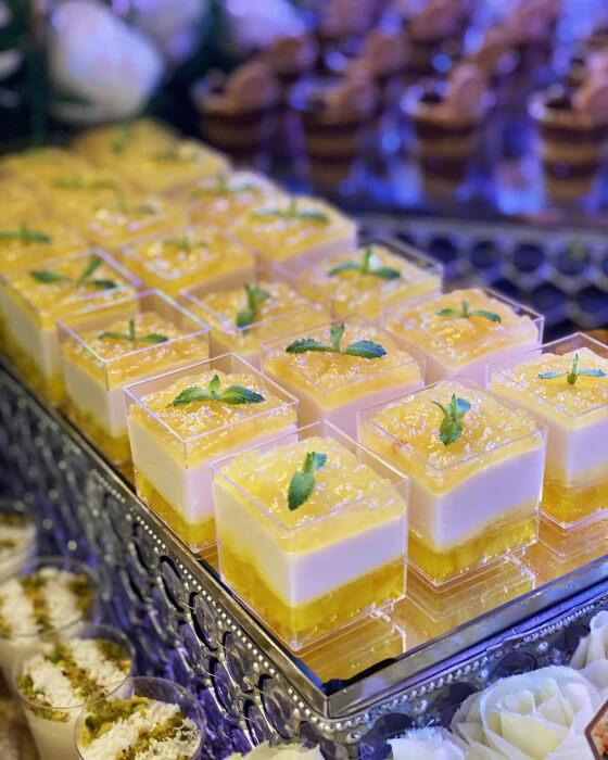 Mini pies de limón para bodas en Margarita, Venezuela - So Sweet: postres en forma de shots para bodas