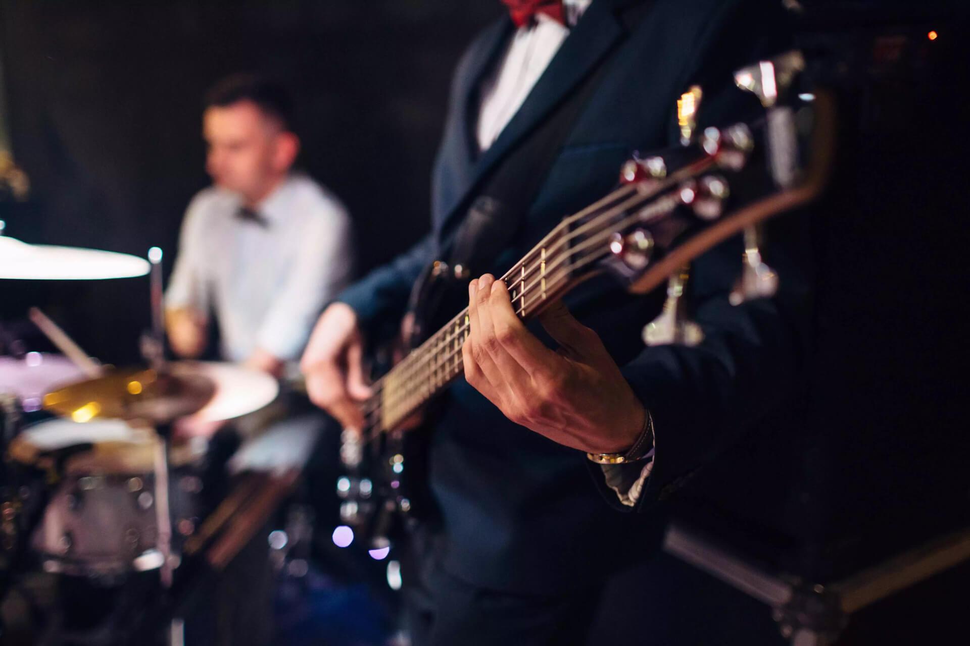 Música para bodas en Margarita, Venezuela - DJs y shows de hora loca para bodas en Margarita, ensambles musicales y música en vivo para matrimonios
