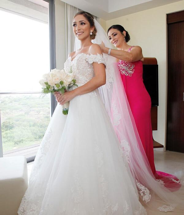 Gerencia de bodas en Margarita con Caro Odreman, professional wedding planner Venezuela