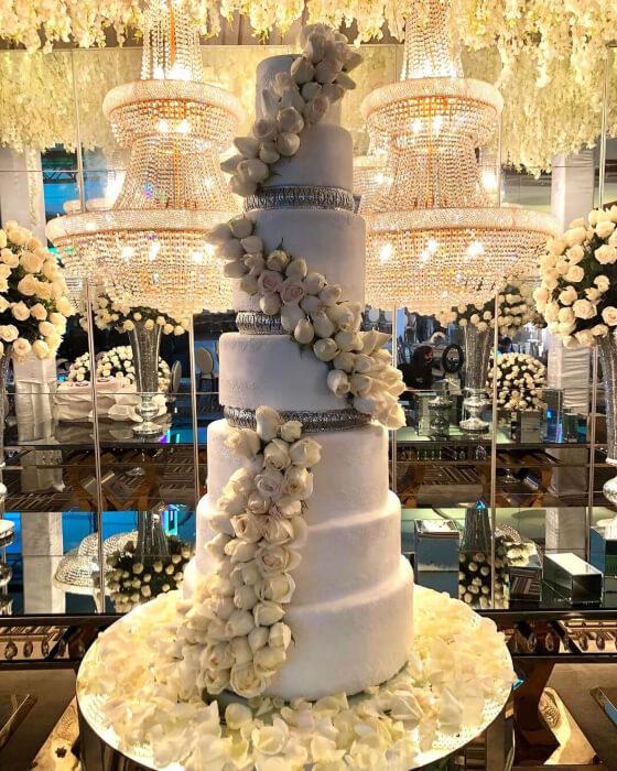 Impactantes diseños de pasteles y tortas para bodas en Margarita, Venezuela - Andreina Martin Cakes: obras de arte en respostería
