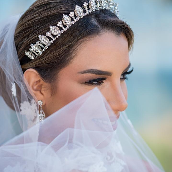 Julio César Beauty · Estilista de bodas en Magarita, Venezuela, peinados de novias