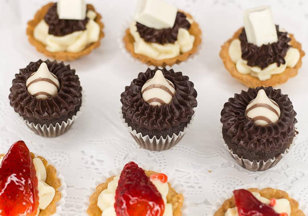 Mesa de mini dulces para bodas en Margarita - Ralle Cakes: postres para bodas en Venezuela