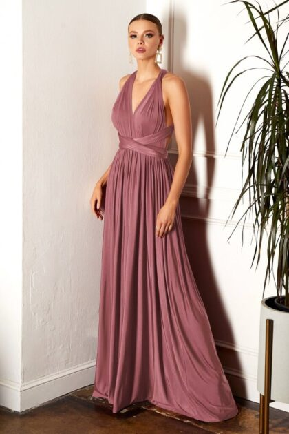 Lo asombroso de este vestido es que puedes utilizarlo de muchas formas. Es versatil, cómodo y fresco