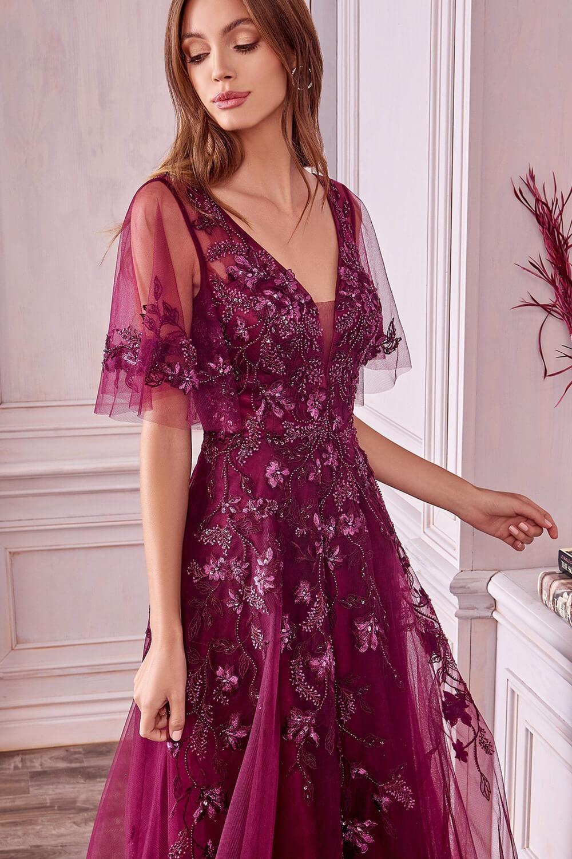 Luce un look inolvidable con este vestido de manga larga con bordado floral y falda en forma de A - Evening Dress Boutique