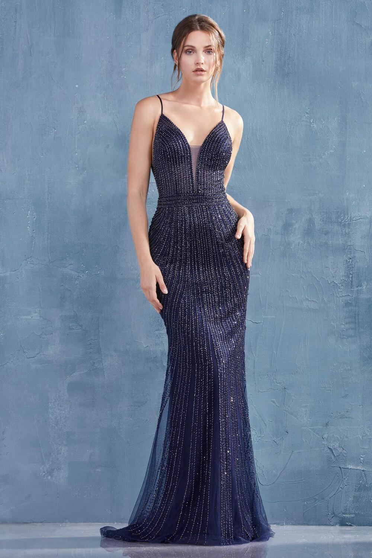 Brilla desde todos los ángulos con este vestido largo sin mangas y con pedrería - Evening Dress Boutique Venezuela