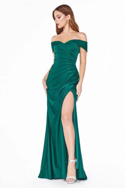 Tenemos los mejores precios de vestidos de gala en Caracas, Distrito Capital, Venezuela - Síguenos en Evening Dress Boutique