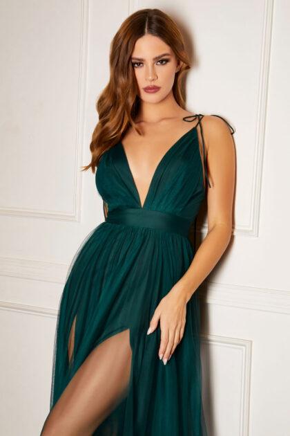 Somos una reconocida boutique para damas en Margarita, especilizándonos en vestidos de fiesta de la mejor calidad y precio