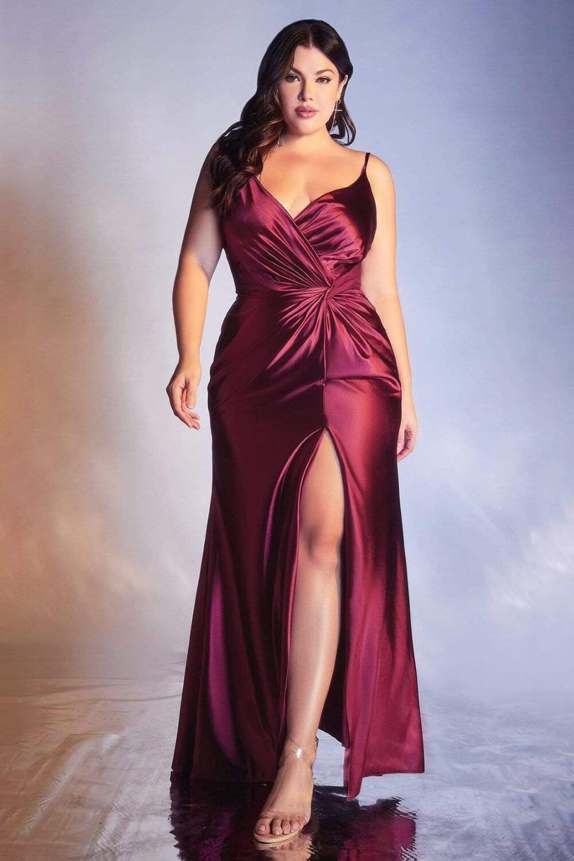 Un hermoso vestido con abertura frontal, luce encantadora y seductora, disponible en tallas grandes, vestidos para gorditas, ropa de damas en Caracas, Venezuela