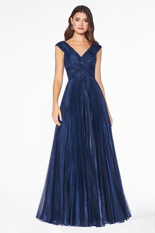 Luce fabulosa en tus eventos, fiestas y reuniones con un precioso vestido de fiesta largo de Evening Dress Boutique - Margarita y próximamente en Caracas, Venezuela