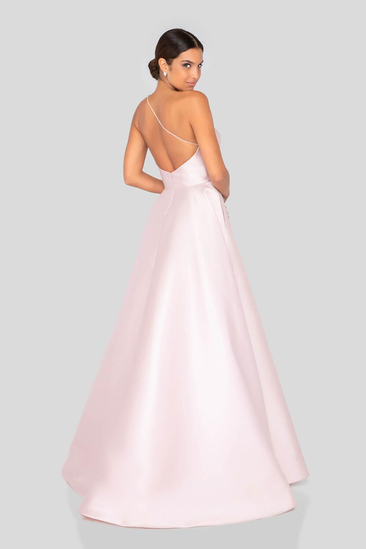 En Evening Dress Boutique podemos conseguir tu vestido de fiesta ideal al mejor precio de Venezuela - Consulta disponibilidad de colores y tallas