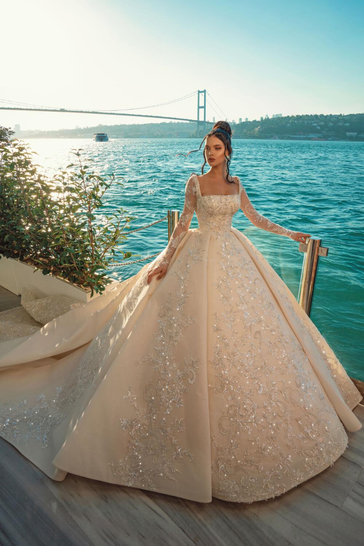 Vestidos de novia en Caracas, Distrito Capital, Venezuela de los diseñadores de moda nupcial Nova Bella, importado y distribuido en Venezuela por Bridal Room Boutique