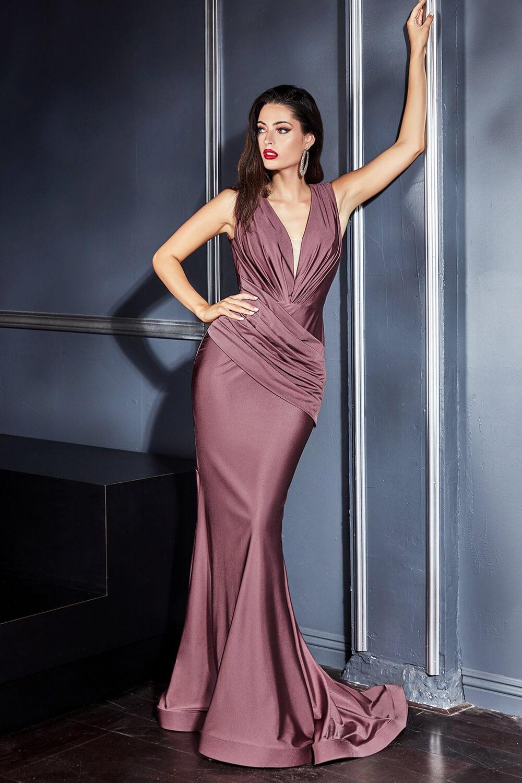 Vestidos de fiesta con escote y espalda en V - Evening Dress Boutique tu tienda de vestidos de gala en Venezuela