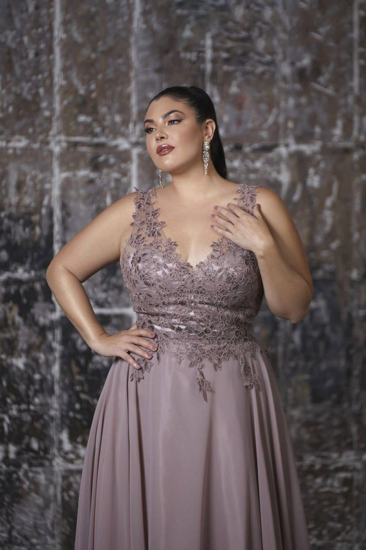 Vestidos de gala tallas grandes en la Isla de Margarita, Venezuela - Evening Dress Boutique - Ropa para mujeres gorditas