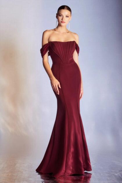 Elegancia, belleza y sofisticación, así es este hermoso vestido de gala largo, strapless corte sirena, lo máximo en frescura y moda femenina