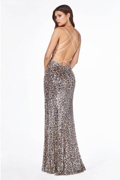 Vestido con espalda totalmente abierta, luce hermosa y sexy en este traje de noche para damas en Venezuela, Evening Dress Boutique, presente en tus ocasiones más especiales