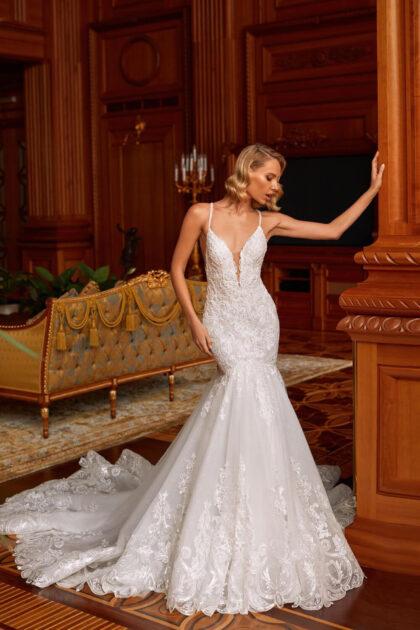 Vestido de novia confeccionado con un diseño moderno y a la moda - Bridal Room Boutique Venezuela, diseñado por Pollardi en Europa