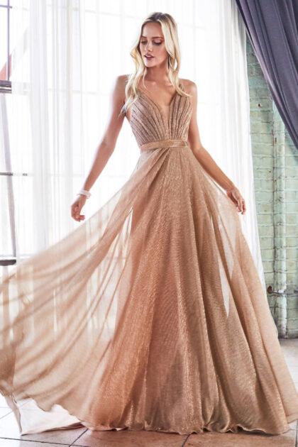 Vestidos de fiesta con microplisado metalizado y glitter en Venezuela - Evening Dress Boutique trae para ti los más sofisticado diseños de vestidos de gala