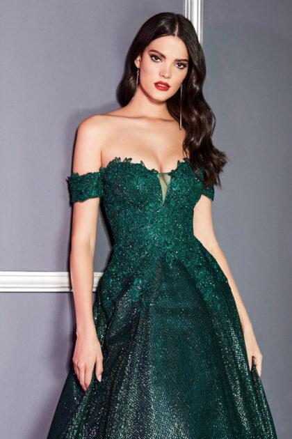 Vestido de fiesta Brittany, color esmeralda, disponible en nuestras tiendas boutiques para damas en Venezuela de Margarita y próximamente en Caracas