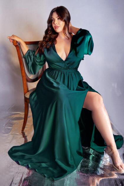¿No consigues vestidos de fiesta de tu talla? ¡No es problema! En Evening Dress Boutique tenemos vestidos de fiesta plus size en Venezuela, desde la talla XS hasta la 5XL, contáctanos para consultar disponibilidad
