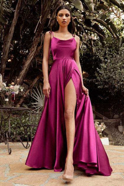 El color lipstick de este vestido de fiesta Danieris está disponible solo bajo pedido, agenda tu cita en Evening Dress Boutique
